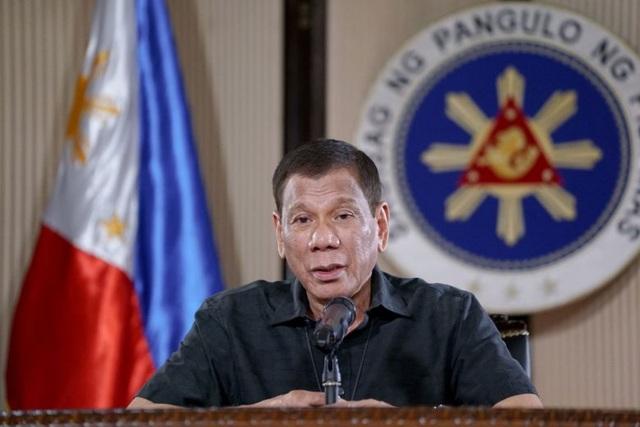 Tổng thống Philippines dọa bắn hạ người chống lệnh phong tỏa - 1
