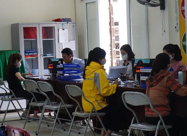 Lao động Nghệ An đăng ký trợ cấp thất nghiệp tăng 18 % vì Covid-19 - 2