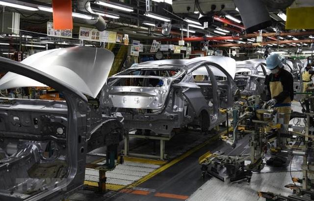 Hàng loạt doanh nghiệp ô tô dừng sản xuất: Không lo thiếu xe - 1