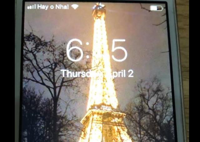 Dân mạng thích thú với thông điệp Stayhome trên điện thoại - 2