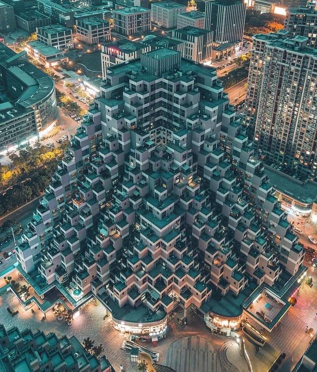 """Tòa nhà vặn xoắn như mê cung và loạt kiến trúc """"độc, lạ"""" bậc nhất Châu Á - 6"""