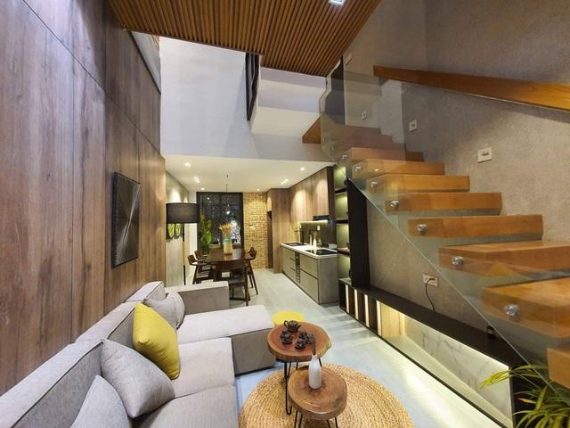Biến ngôi nhà nhỏ ở Đà Nẵng trở thành khu vườn tràn ngập cây cối - 4