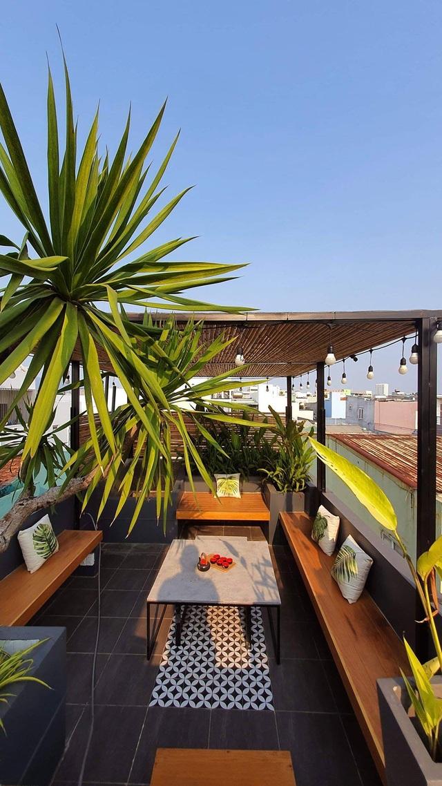 Biến ngôi nhà nhỏ ở Đà Nẵng trở thành khu vườn tràn ngập cây cối - 12