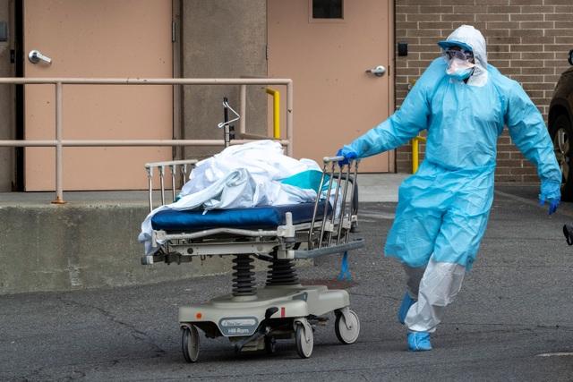 Ngày chết chóc nhất ở Mỹ vì Covid-19, hơn 1.000 người chết trong 24h - 1