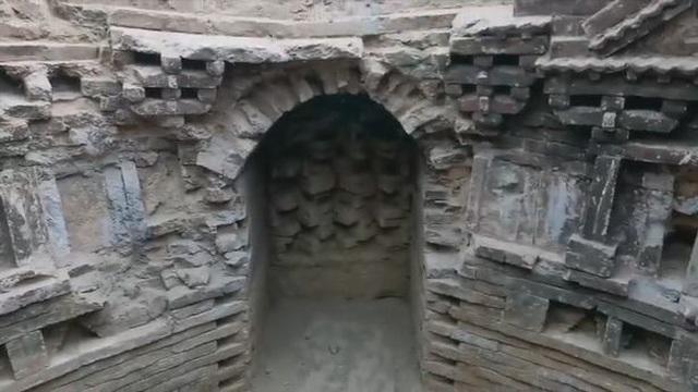 Phát hiện kinh ngạc trong ngôi mộ của người đàn ông giàu có và quyền lực 1.000 năm trước - 1