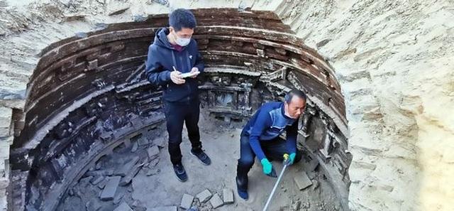 Phát hiện kinh ngạc trong ngôi mộ của người đàn ông giàu có , quyền lực 1.000 năm trước - 2