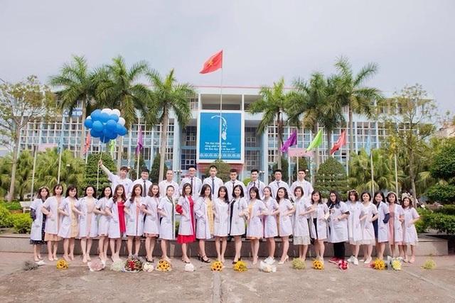 Nữ sinh trường Y Dược viết đơn tình nguyện tham gia chống dịch Covid-19 - 1
