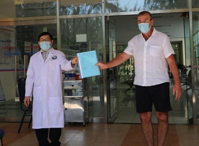 Người nước ngoài chữa Covid-19 tại Việt Nam, bảo hiểm trả hàng trăm triệu - 1