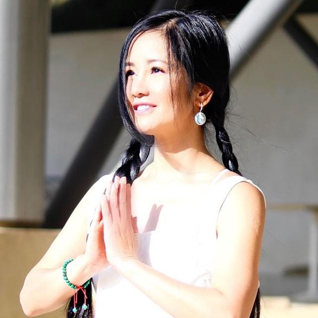 Sống tích cực mùa Covid- 19: Sao Việt tập gym, yoga, chăm sóc da tại nhà - 4