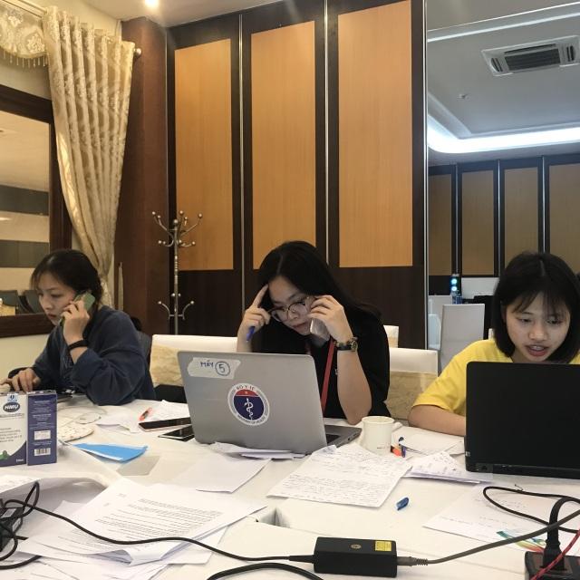 """""""Nhật ký chống dịch"""" của nữ sinh viên trong đội truy tìm dấu vết Covid-19 - 1"""
