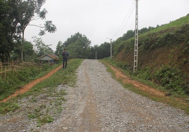 Người đàn ông gia cảnh khó khăn hiến hơn 7.000 m2 đất mở đường - 4