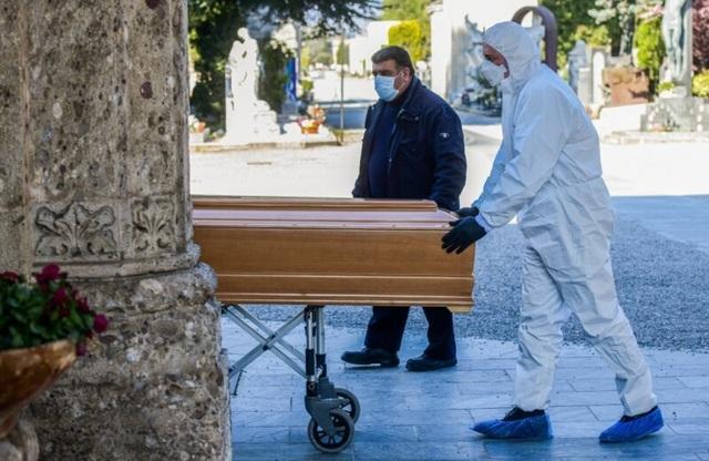 """Những cái chết """"ngoài sổ sách"""" ở Italia - 2"""