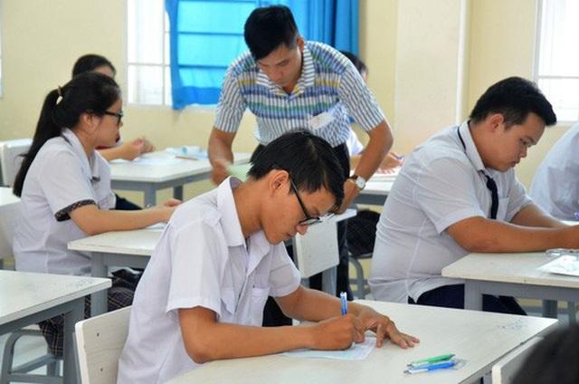 Môn Lịch sử: Học tốt chương trình học kỳ I lớp 12 có thể đạt 7,5 điểm - 1
