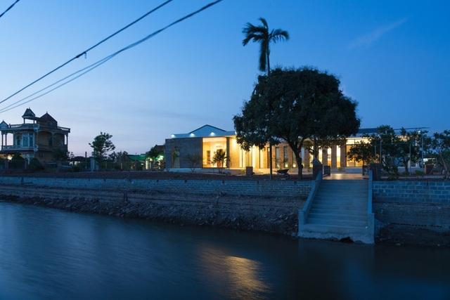 Chiêm ngưỡng nhà vườn từ gạch mộc, đẹp lạ giữa làng quê ở Thái Bình - 9