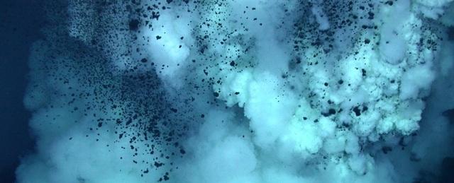 Phát hiện vi khuẩn biển dưới đáy biển sâu kỳ lạ số 1 thế giới - 1
