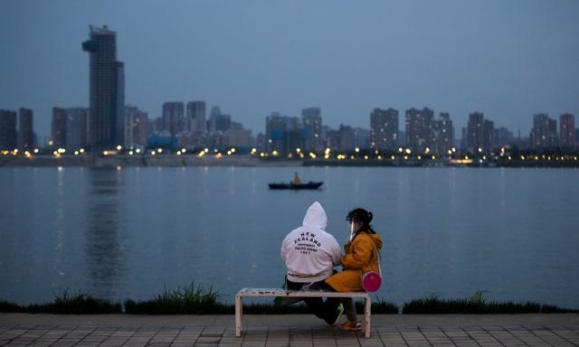 Người dân Vũ Hán: Chúng tôi như từ cõi chết trở về - 1