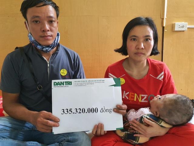 Em bé khắc khoải chờ bàn tay nhân ái được bạn đọc giúp đỡ 335 triệu đồng - 4