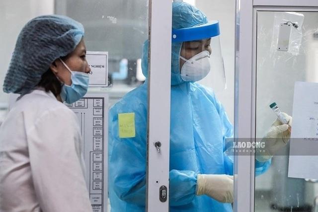 Phải bảo vệ an toàn cho nhân sự ngành y trước dịch bệnh COVID-19 - 1