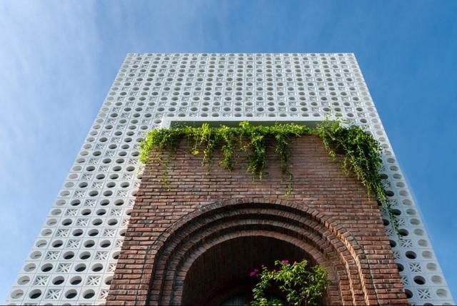 Ngôi nhà tầng mộc mà chất, nhìn đâu cũng thấy cây xanh ở Đà Nẵng - 1