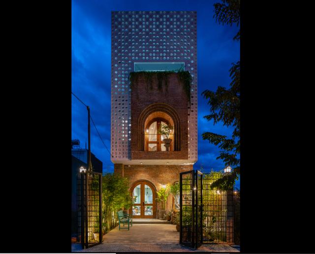 Ngôi nhà tầng mộc mà chất, nhìn đâu cũng thấy cây xanh ở Đà Nẵng - 9
