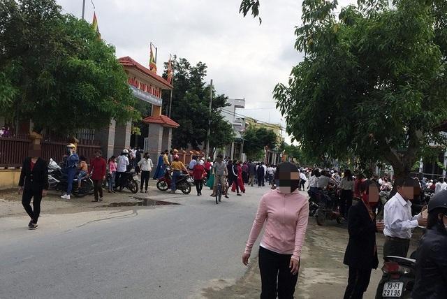 Bí thư Quảng Bình đề nghị xử nghiêm vụ hàng trăm giáo dân tập trung hành lễ - 1