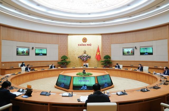 Thủ tướng: Chuẩn bị giải pháp đối phó với làn sóng Covid-19 thứ 2 - 2