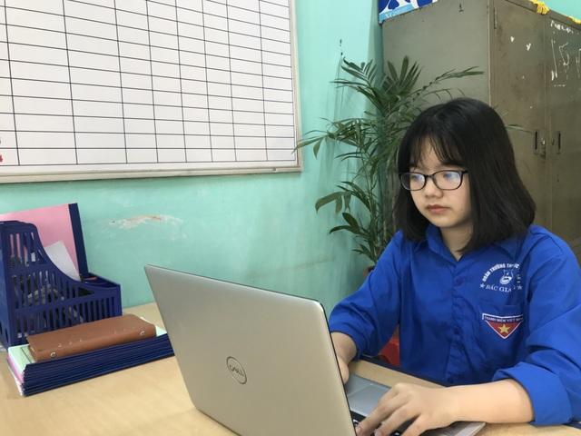 Nữ sinh cấp 3 lập trang thông tin Covid-19 cho người nước ngoài ở Việt Nam - 3