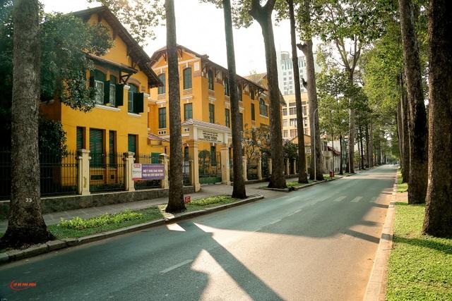 Có một Sài Gòn vắng vẻ ngoài sức tưởng tượng! - 2