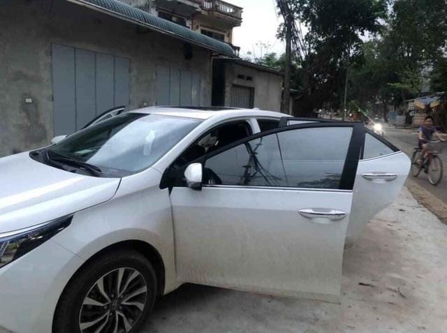 Bùng nổ ô tô cũ biển Lào bán giá siêu rẻ tại Việt Nam - 3