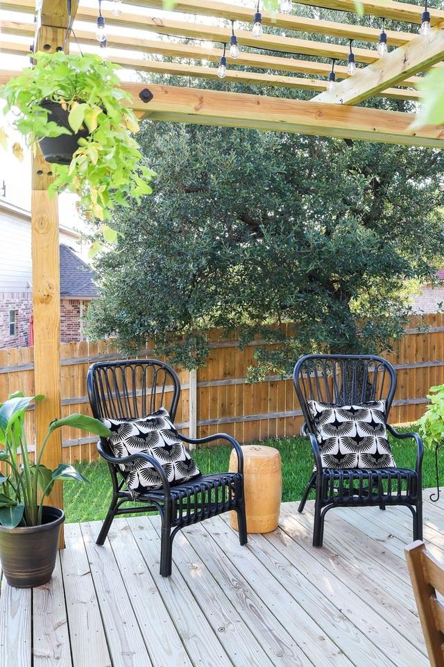 Khó rời mắt với các ý tưởng thiết kế sân vườn đẹp như resort - 2