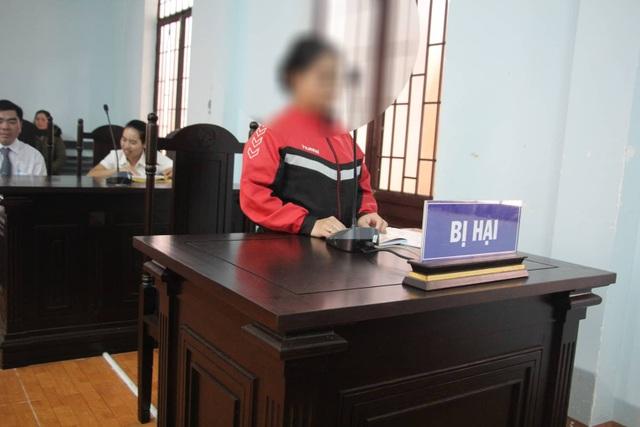 Vụ nữ giúp việc khuyết tật bị chủ nhà hiếp dâm: 7 năm tù là quá nhẹ! - 2
