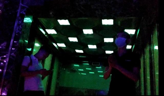 Đình chỉ chức vụ chủ tịch phường vì để quán karaoke hoạt động - 3