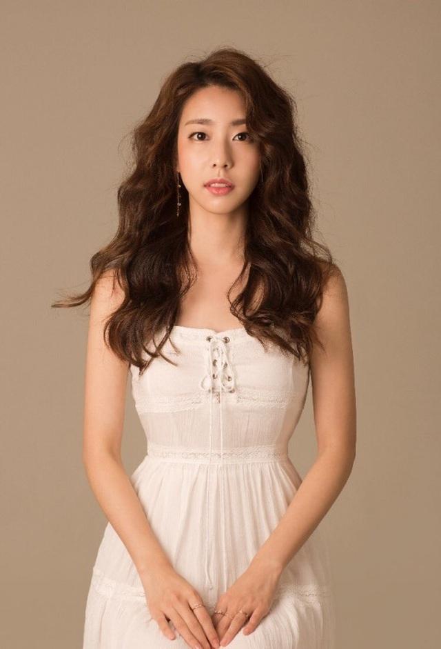 Vợ So Ji Sub - Hotgirl xinh đẹp , và tài năng của Hàn Quốc - 12