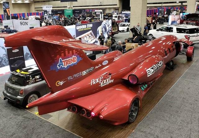 Cực chất: Xe limousine trong thân xác máy bay với giá hơn 1 triệu USD - 6