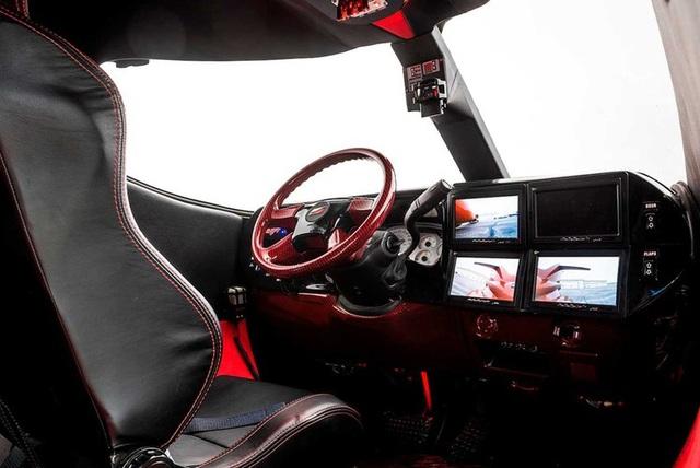 Cực chất: Xe limousine trong thân xác máy bay với giá hơn 1 triệu USD - 13