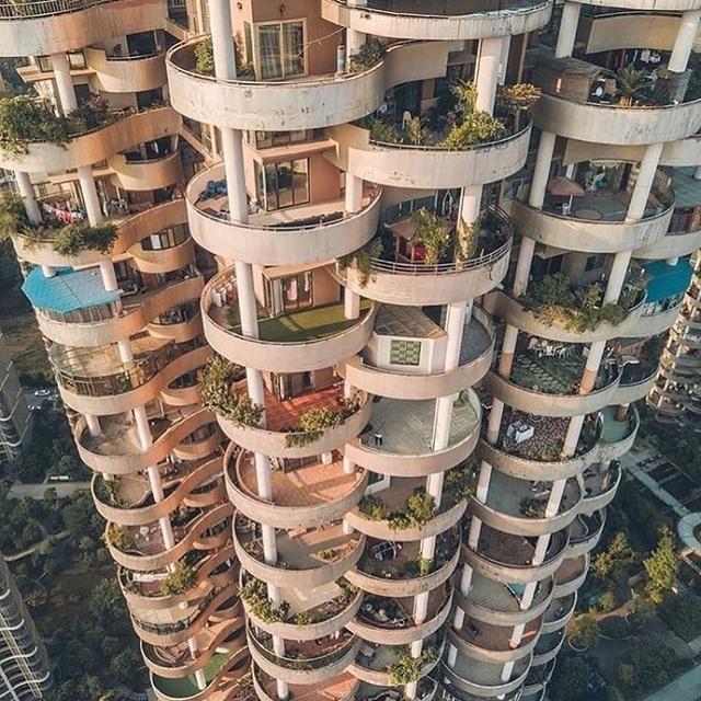 """Tòa chung cư với kiến trúc """"kỳ lạ"""", càng nhìn càng """"hút mắt"""" như mê cung - 3"""