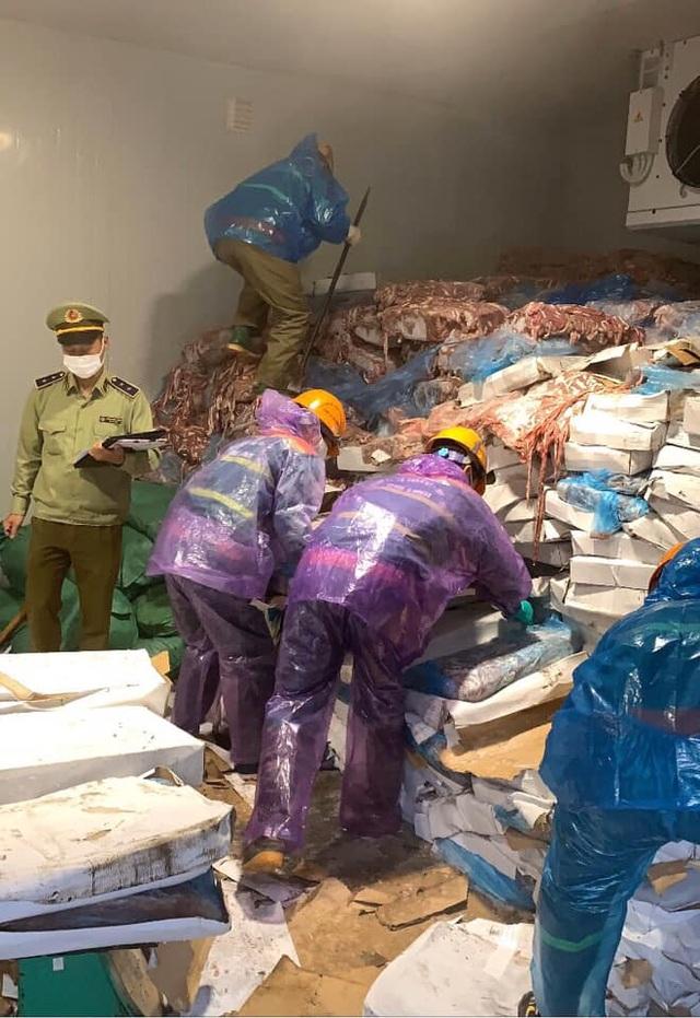 """Phát hiện kho chứa hơn 70 tấn lòng lợn bốc mùi sắp """"tuồn ra thị trường - 2"""