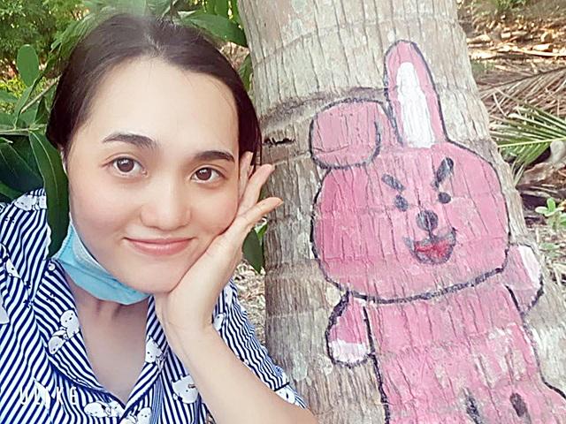 Ở nhà tránh Covid-19, cô gái Trà Vinh trang trí vườn dừa gây chú ý - 4