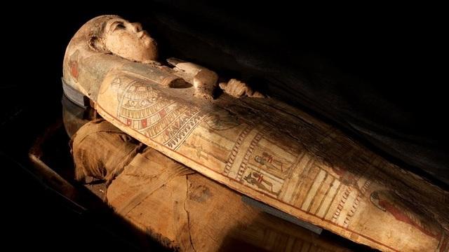 Bức tranh bí ẩn bên trong quan tài của xác ướp Ai Cập 3000 năm tuổi - 1