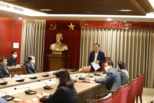 Bí thư Hà Nội Vương Đình Huệ tiếp nhận hơn 600 đơn thư trong 2 tháng - Ảnh minh hoạ 2