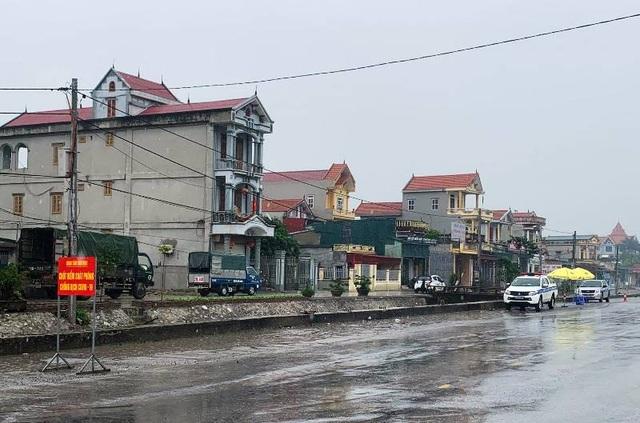 Nam Định lập 4 chốt kiểm soát, Hà Nam tạm dừng tiếp công dân - 1