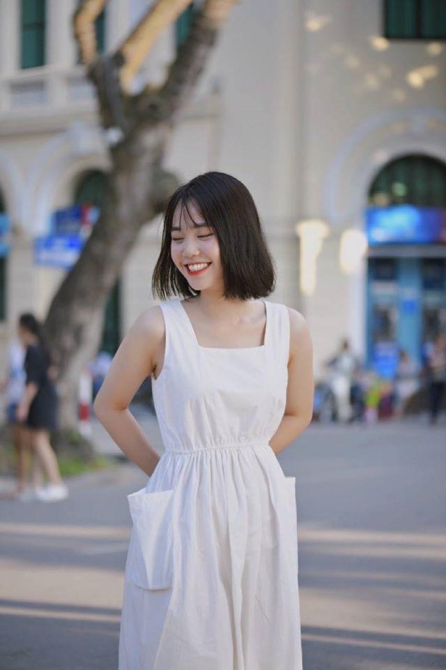 Nữ sinh ĐH Văn hóa gây chú ý vì giống hệt ca sĩ Hàn Quốc - 7
