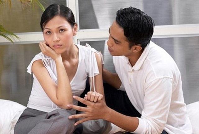 Vợ chết lặng vì lý do chồng đưa ra khi năn nỉ xin được bán nhà - 1