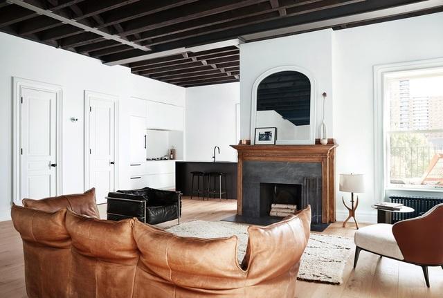 Ngôi nhà 200 tuổi biến ảo khó tin với tone màu đen - trắng sau khi cải tạo - 2