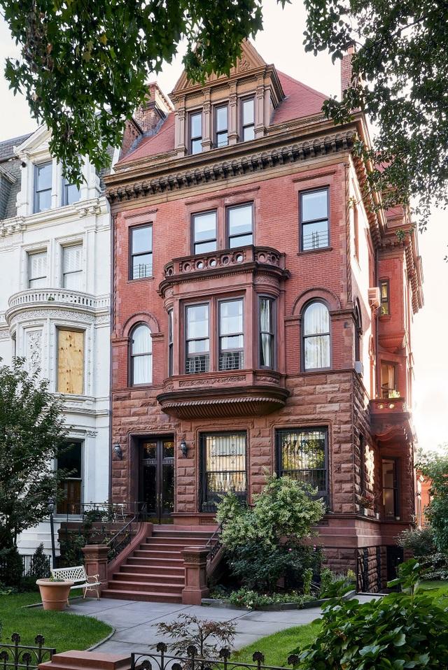 Ngôi nhà 200 tuổi biến ảo khó tin với tone màu đen - trắng sau khi cải tạo - 6