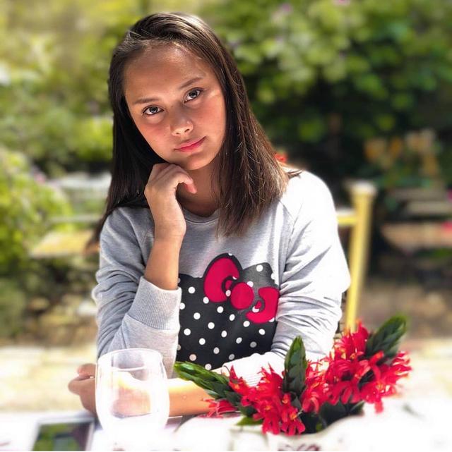 Cô gái ăn xin trở thành người nổi tiếng nhờ bức ảnh lan truyền mạng xã hội - Ảnh minh hoạ 5