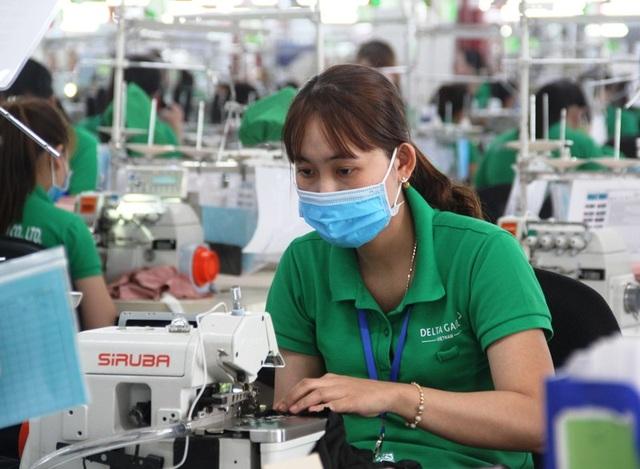 Bình Định: Hơn 140.000 lao động bị ảnh hưởng bởi dịch Covid-19 - 1