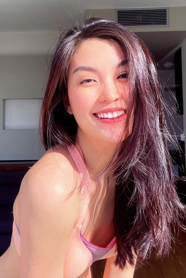 """Để vợ cắt tóc mùa dịch, chồng Á hậu Diễm Trang được dân mạng khen """"can đảm"""" - 4"""