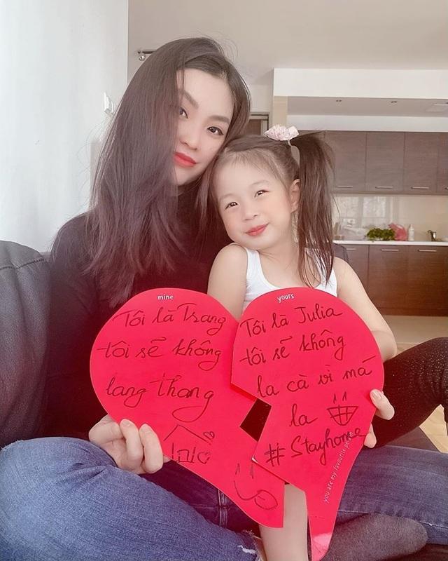 """Để vợ cắt tóc mùa dịch, chồng Á hậu Diễm Trang được dân mạng khen """"can đảm"""" - 6"""