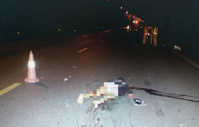 3 thanh niên tử nạn trong đêm sau cú tông xe cực mạnh - 2